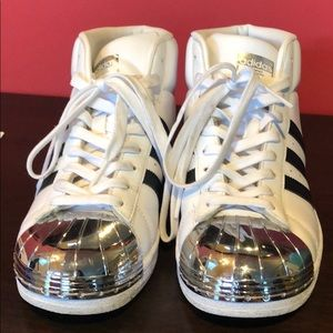 Adidas sneakers silver toes 6.5